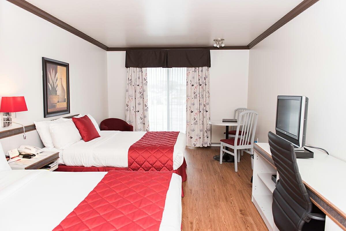 Standard-room-2-double-beds-01
