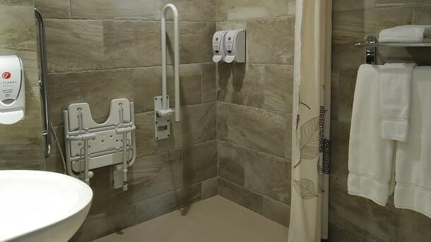 Hôtel adapté pour handicapés à sherbrooke hôtel le floral
